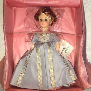 Madame Alexander Doll #1424 Caroline Harrison NIB